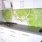 Идея дизайна кухни с фотообоями