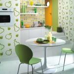 Кухня в зеленом тоне с фотообоями
