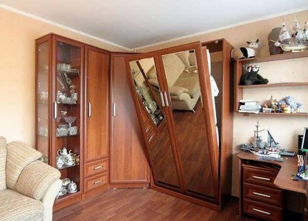 дизайн интерьера гостиной в хрущевке маленькой комнаты 16 18 кв м