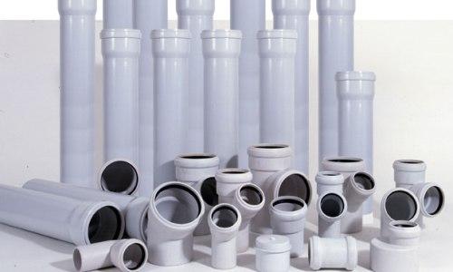 plastikovaya-truba-dlya-kanalizacii-osnovnye-xarakteristiki