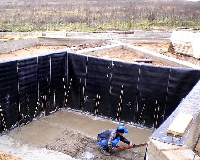gidroizoljacija-fundamenta-iznutri