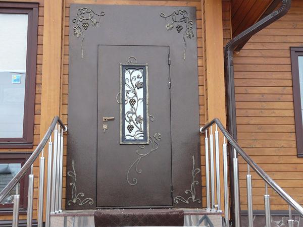 metallicheskie-vhodnye-dveri_opt