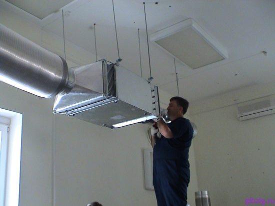 Монтаж системы вентиляции