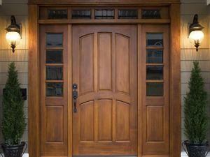 naruzhnye-vhodnye-dveri-v-dom-ulichnye-dveri-dveri-dlya-chastnogo-sektora_9eb030f564f6796_300x300